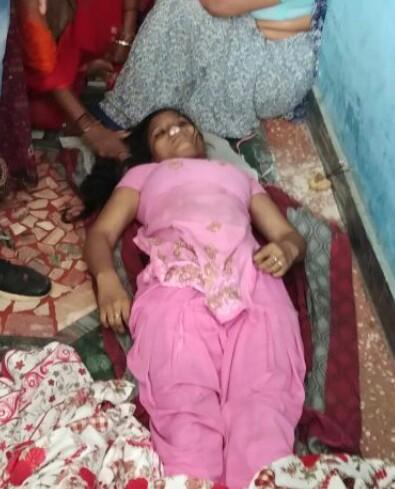 कानपुर चकेरी में एक युवती ने फाँसी लगाकर की खुदखुशी । —- रिपोर्ट – समीर मिश्रा