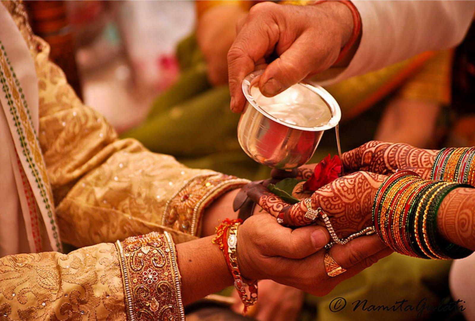 अन्तर्जातीय और अंतरधार्मिक विवाह: कैसे करवाएँ रजिस्ट्रेशन?