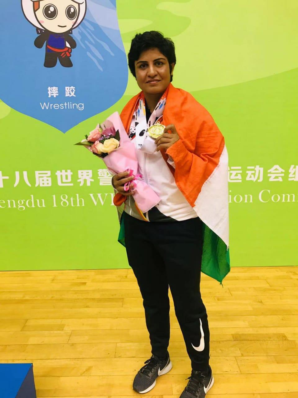 गीतिका जाखड़ को विश्व खेल कुश्ती (पुलिस) में स्वर्ण पदक।