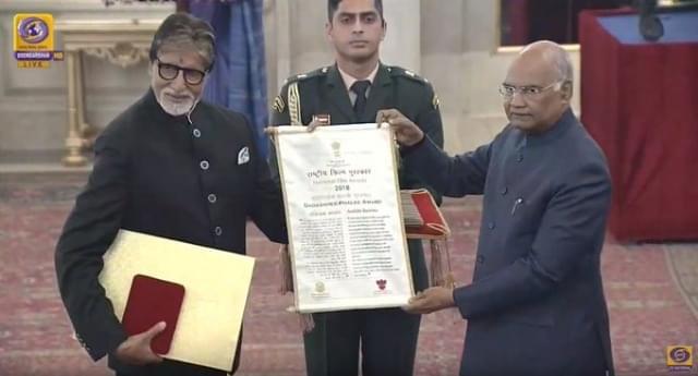 अमिताभ बच्चन  दादासाहब फाल्के पुरस्कार से नवाज़ें गये