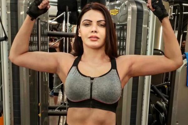 NCB लेगी संज्ञान ?… अब ड्रग्स मामले में मॉडल-अभिनेत्री शर्लिन चोपड़ा का बडा खुलासा, कि कई भारतीय क्रिकेटरों की पत्नियां भी ड्रग्स लेती हैं