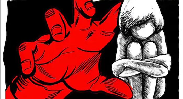 योगीराज में बालिका से दुष्कर्म की रिपोर्ट लिखाने जाना पड रहा कोर्ट की शरण में, कोर्ट के आदेश के बाद दर्ज हुआ मुकदमा