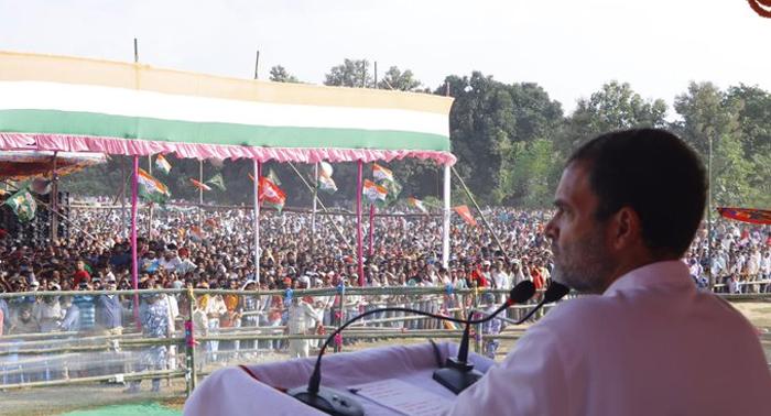 राहुल बोले – जनता को पूंछना चाहिये क्या अभी 'एनडीए' की सरकार नहीं ? तो 19 लाख नौकरी कहाँ है ?