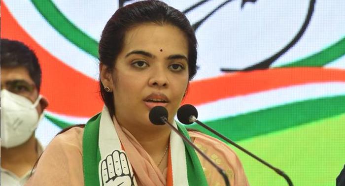 शरद यादव की बेटी सुभाषिनी कांग्रेस में शामिल, बिहारीगंज से देंगी टक्कर और शॉटगन के सुपुत्र लव ठोकेंगे बांकीपुर ताल