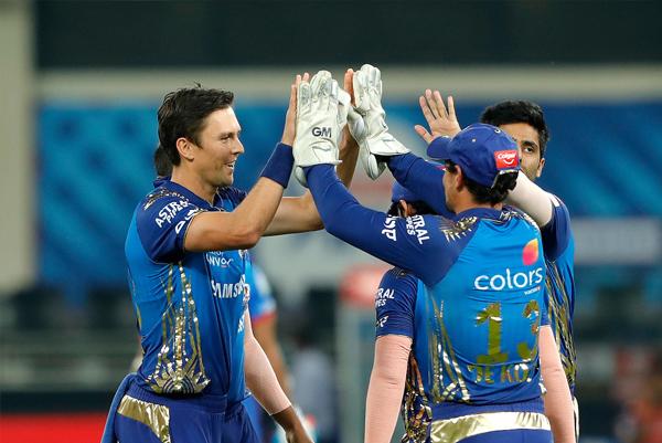 आईपीएल 13 – मुंबई इंडियंस ने दिल्ली कैपिटल्स को पहले क्वालीफायर में हराकर छठी बार फाइनल में बनाई जगह