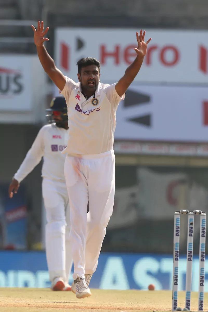 चेन्नई टेस्ट : भारत को टेस्ट मैच जीतने के लिये 90 ओवर में 381 रन बनाने का लक्ष्य, फिलहाल 9 विकेट हाथ में