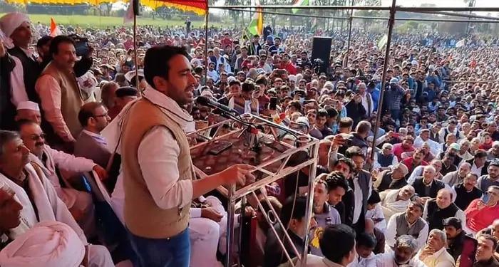 कोरोना दिशा-निर्देशों के उल्लंघन की आड में जयंत चौधरी समेत 5000 से अधिक अन्य लोगों पर मामला दर्ज, अलीगढ़ महापंचायत पर टेढी नज़र