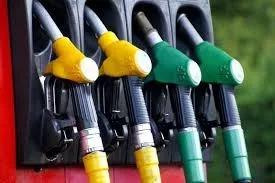 """पेट्रोल-डीज़ल की दिन प्रतिदिन बढ़ती कीमत पर सरकार बोली """"हम कुछ नहीं कर सकते"""""""