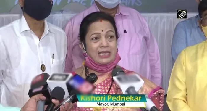मुंबई मेयर की चेतावनी, मुंबई के लोगों के हाथ में है लॉकडाउन लगाया जाये या नहीं ? कोरोना मरीजों की बढ़ती संख्या बनी चिंता का शबब !