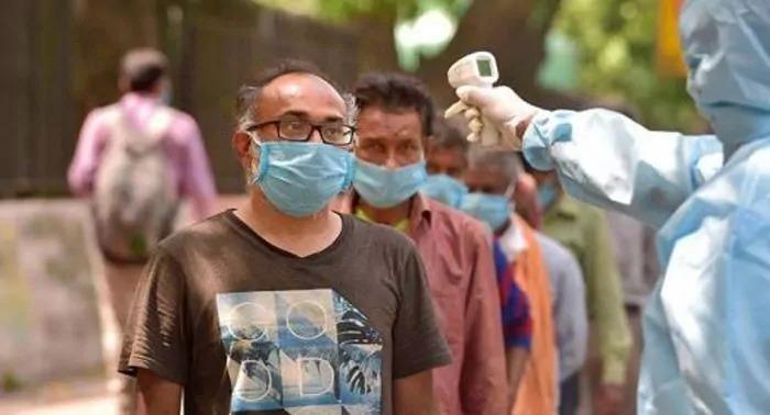 कोरोना ने दिल्ली में मचाया तांडव, रिकॉर्ड 17,282 नए मामले हुए दर्ज