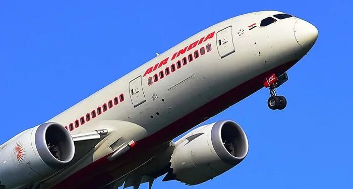 हांगकांग ने भारत से आने, जाने वाली सभी उड़ानों पर भारत में बढ़ते कोरोना संक्रमण के मध्येनज़र लगाई रोक