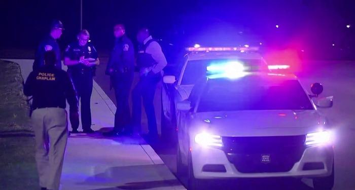 अमेरिका के इंडियाना पोलिस में शूट आउट मामला, आठ लोगों की हुई मौत, साथ ही फायरिंग करने वाले ने की आत्महत्या