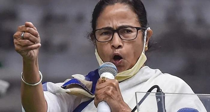 ममता ने जीता नंदीग्राम, बंगाल में 'क्लीन स्वीप' की ओर तृणमूल, डबल सेंचुरी का सपना देखने वाली भाजपा को सिंगल सेंचुरी के भी टोटे