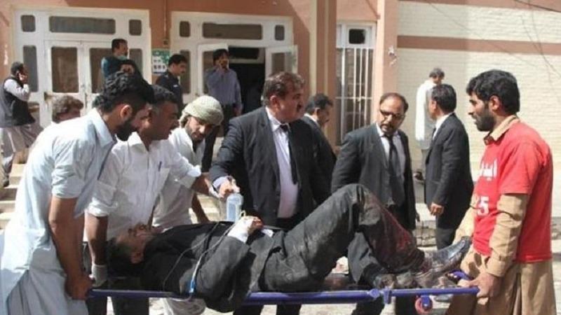 पाकिस्तान में हुआ आतंकवादी हमला, जज समेत उसकी पत्नी और उसके दो बच्चे भी हमले का शिकार
