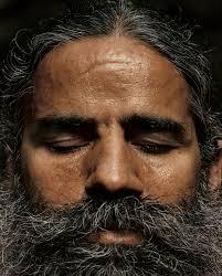 बाबा रामदेव को डॉक्टरों और एलोपैथी को हत्यारा बताने पर केंद्र ने लगाईं फटकार