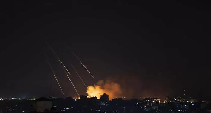 भारी तबाही और 200 से ज़्यादा मौतों के बाद इजरायल-हमास के मध्य संघर्ष विराम