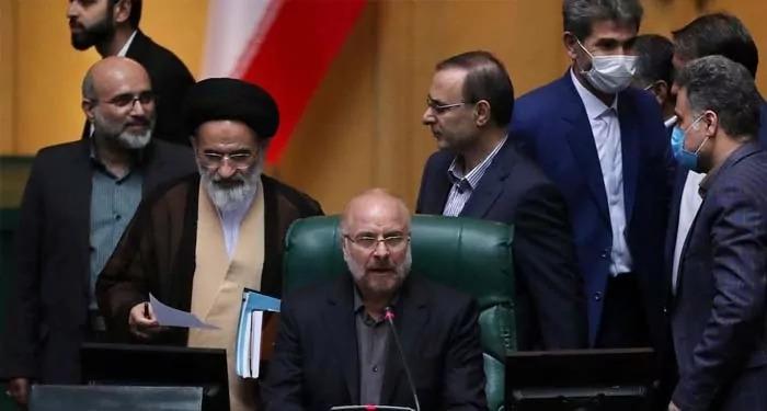 क़ालीबाफ़: IAEA को ईरान के परमाणु केन्द्रों तक पहुंच का नहीं है अधिकार