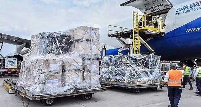 32 देशों ने भारत को भेजी कोरोना महामारी से मुक़ाबले के लिए सहायता सामग्री
