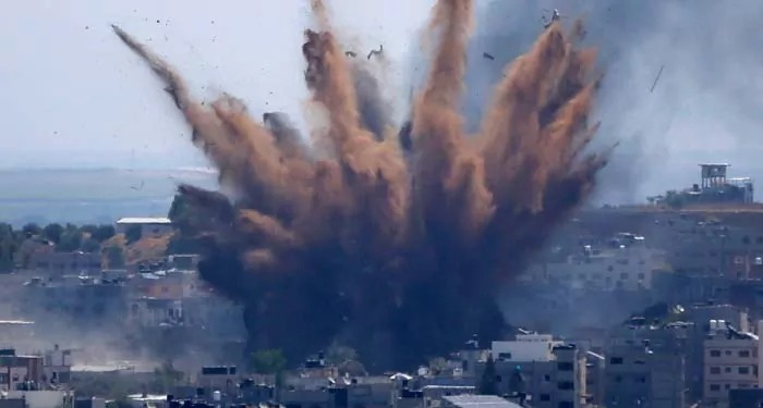 अबतक 200 फिलिस्तीनियों की ग़ज़ा पर इसरायली हमलों में हुई मौत
