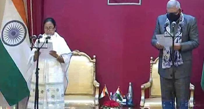 तीसरी बार लगातार ममता सरकार, दीदी ने अकेले ही ली राजभवन में शपथ, भाजपा ने किया किनारा