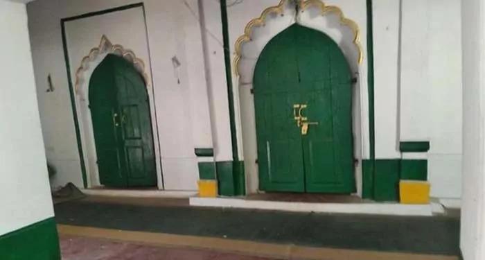 रामसनेही घाट में सौ साल पुरानी मस्जिद ढहाई गयी, न्यायिक जांच की सुन्नी वक्फ बोर्ड और ऑल इंडिया मुस्लिम लॉ बोर्ड ने की मांग