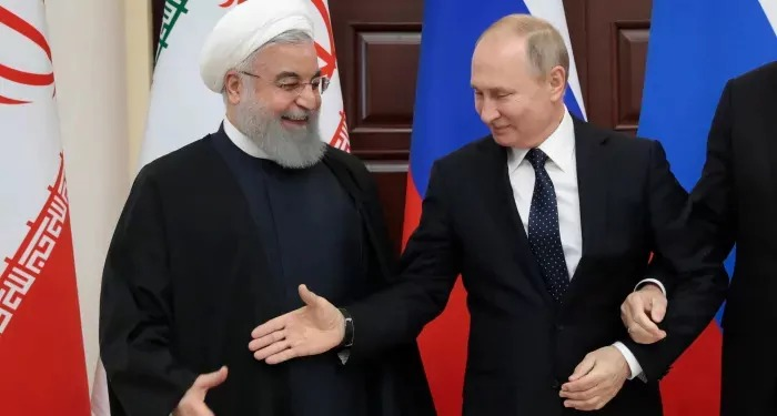 ईरान को फिर मिला अमरीकी प्रतिबंधों को हटाए जाने के मुद्दे पर रूस का समर्थन