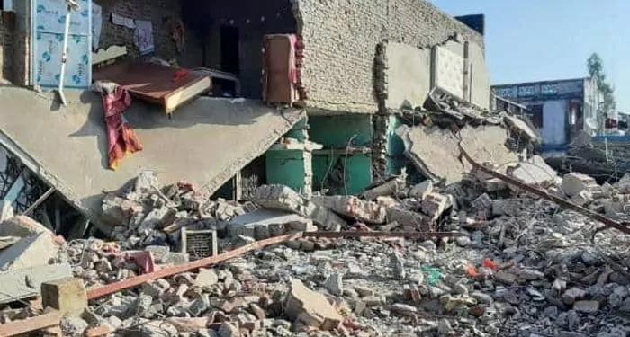 सिलेंडर फटने से यूपी के गोण्डा ज़िले में 4 बच्चों समेत 8 की मौत