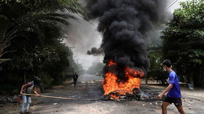 म्यांमार में 230,000 लोगों को सशस्त्र संघर्ष ने किया विस्थापित