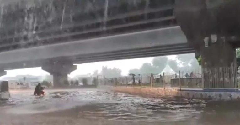 दिल्ली हुई पानी-पानी, 11 साल का टूटा रिकॉर्ड