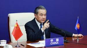 चीन ने की अफ़ग़ानिस्तान के विदेशी मुद्रा भण्डार पर पैरोकारी, लगे प्रतिबंधों को हटाया जाय