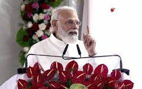 पीएम ने कुशीनगर अंतरराष्ट्रीय हवाई अड्डे का किया लोकार्पण, इसकी शुरुआत सपा सरकार में हुई थी