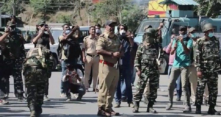 कश्मीर में केन्द्र की नीति हुई बुरी तरह फ़ेल, भाग रहे हैं कश्मीर छोड़कर लोग...